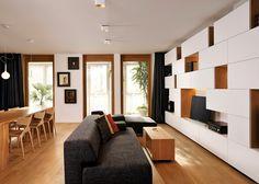 Estanterías geométricas y muebles a medida de roble|Espacios en madera