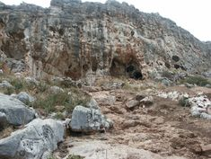 Remains of earliest modern human outside of Africa unearthed in Israel