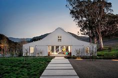Hupomone Ranch: LEED Platinum house in Sonoma County.  http://www.onekindesign.com/2014/06/08/hupomone-ranch-leed-platinum-house-sonoma-county/