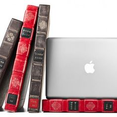 Bookbook : The protection for your Apple    http://www.etvonweb.be/28983-le-bookbook-la-housse-vintage-dapple