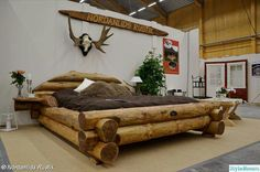 IN LOVE WITH THIS BED! This rustic style bed is a beautiful piece of log furniture. Hand-crafted, it is really a very unique piece. Rustic Log Furniture, Cool Furniture, Bedroom Furniture, Bedroom Decor, Western Furniture, Furniture Plans, Bedroom Ideas, Master Bedroom, Furniture Design