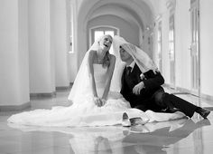I love this wedding picture so much, it's such a cute/ humorous idea Summer Wedding, Dream Wedding, Wedding Day, Wedding Things, Wedding Reception, When I Get Married, I Got Married, Bride Tumblr, Bridal Photography