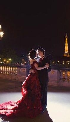 Romance in Paris ~ Happy Hearts Day! Paris 3, Hotel Paris, Paris Love, Enchanted Evening, A Night To Remember, Romantic Places, Romantic Evening, Oui Oui, Parisian Chic