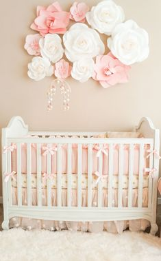 ▷ ideas for baby girl room- ▷ Ideen für Babyzimmer Mädchen children& room set up baby cot as the center of the room … -