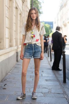 Street Style Mini Shorts | Galería de fotos 4 de 130 | VOGUE