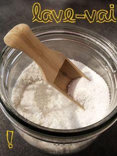 poudre lave-vaisselle :          500g de cristaux de soude (anti-tartre, anti-calcaire, dégraissant, adoussit l'eau et donne de l'éclat) 3,50 euros / 500g     125g d'acide citrique (anti-calcaire, nettoyant, antifongique et antibactérien) 8 euros / kg     190g de sel fin