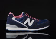 New Balance 996 Navy/Pink