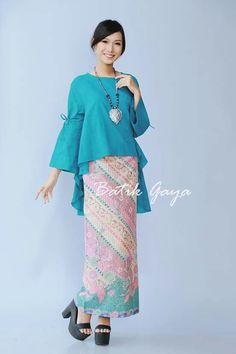 Muslim Fashion, Ethnic Fashion, Modest Fashion, Hijab Fashion, Fashion Outfits, Womens Fashion, Batik Blazer, Blouse Batik, Batik Dress