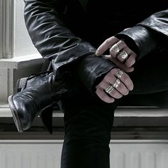 JANBOELO (@janboelo) • Instagram-foto's en -video's      Combined a JANBOELO leather jacket and leather hoodie with my hand made rings by @pythia_chiara and @floorentinus and leather boots from @blackstonefootwear and got shot by @arjankremer1 #leather #outfit #silver #rings #handcrafted #boots #style #blackstone #pythiachiara #floorentinus #janboelo