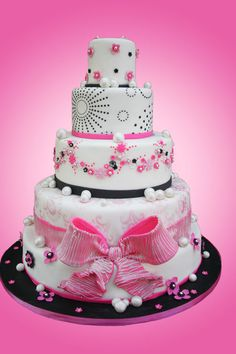 So cute for older teen...pretty in pink. #quinceanera #quinceaneracake #elegantcake