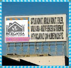izmir Bergama mahmudiye de satılık köy girişinde köy asfaltına 0 asfalta çepheli içerisinde hayvan sayası olan tarla arazi 17.750 m2.