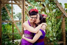 A purple-infused Old Stone House lesbian wedding in Brooklyn | Offbeat Bride