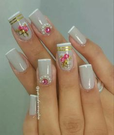 Unhas Lovely Nails the lovely nails French Polish, French Nails, Bling Nails, Fun Nails, Mani Pedi, Pedicure, Cute Spring Nails, Body Hacks, Nail Art Designs
