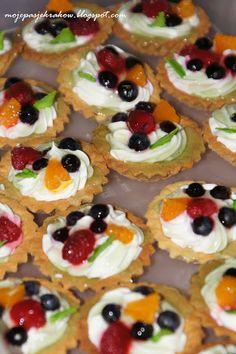 moje pasje: CIASTKA I CIASTECZKA Cupcake Cookies, Mini Cupcakes, Low Carb Side Dishes, Polish Recipes, No Bake Desserts, Biscotti, Food Photography, Cheesecake, Deserts