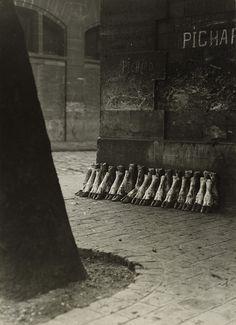Eli Lotar, Aux abattoirs de la Villette,1929, épreuve gélatino-argentique d'époque, Metropolitan Museum of Art, New York © Eli Lotar. Service presse/Jeu de Paume.