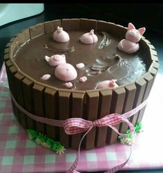Funny pictures about Pigs Playing In The Mud Cake. Oh, and cool pics about Pigs Playing In The Mud Cake. Also, Pigs Playing In The Mud Cake photos. Food Cakes, Cupcake Cakes, Pig Cupcakes, Cupcake Ideas, Cake Cookies, Sugar Cookies, Beautiful Cakes, Amazing Cakes, Pigs In Mud Cake