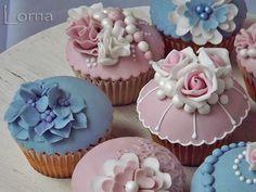 Torty od Lorny - Fotoalbum - Cupcakes & pops
