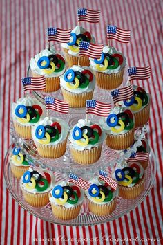 Super cute olympic party cupcakes