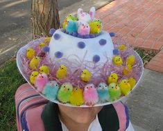 Cool Easter Bonnet or Hat Ideas Cool Easter Bonnet or Hat Ideas 2017 Chicken Easter Hat. Use a crap load of colorful chickens and some purple dots to decorate your Easter hat. It turns out really amazing. It's wonderful to go for the Easter hat parade. Crazy Hat Day, Crazy Hats, Easter Crafts, Crafts For Kids, Easter Ideas, Easter Art, Easter Food, Easter Hat Parade, Easter Bunny
