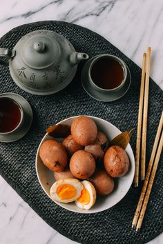 Chinese Tea Eggs, Revamped, recipe by thewoksoflife.com