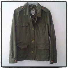 Old Navy Olive Khaki Jacket Jacket is 100% cotton. Fully lined with a floral print. Excellent like new condition Old Navy Jackets & Coats