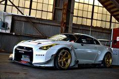 Nissan Rocket Bunny GT-R