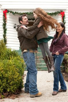 Charlie, Renesmee, & Sue.