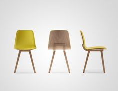 KUSKOA is a range of tables, chairs, fireside chairs and low chairs in various sizes and finishes. These seats comprise two elements. A light shell resting on a finely upholstered oak easel.