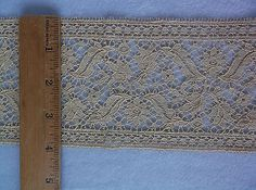 Beautiful-Antique-Vintage-Hand-Made-Lace-4-Wide-Trim-Edging-Victorian-42-034