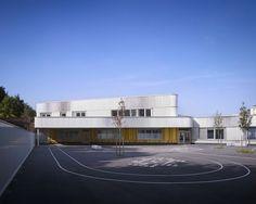 Lucie Aubrac School / Saison Menu Architectes | ArchDaily