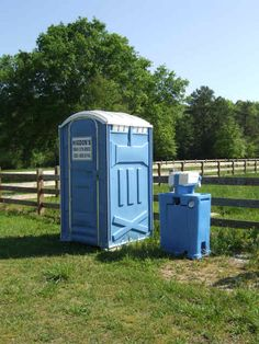 8 Best portable toilet rental, portable toilet rental prices