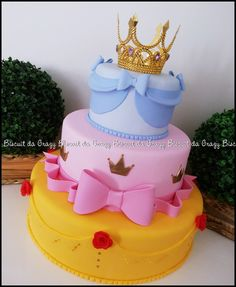 birthday for him ideas Disney Princess Birthday Cakes, Baby Girl Birthday Cake, Princess Cakes, Princess Sofia, Bolo Barbie, Barbie Cake, Bolo Jake, Fake Cake, Disney Cakes