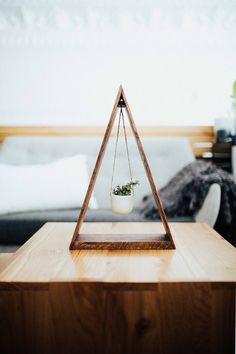 ORIGINAL Trending Hanging Triangle Planter Wood for Succulents and Air Plants Ha. ORIGINAL Trending Hanging Triangle Planter Wood for Succulents and Air Plants Hanging Planter Triangle Shelf Wood Shelf. Handmade Home Decor, Diy Home Decor, Wood Projects, Woodworking Projects, Woodworking Techniques, Woodworking Jointer, Woodworking Quotes, Fine Woodworking, Triangle Shelf