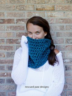 PDF CROCHET PATTERN for The Gabrielle crochet scarf cowl perfect for the fall and winter season. This is not an actual product!!✯