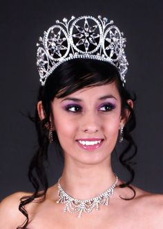 """Quinceanera Mall - 3"""" Crystal Crown"""