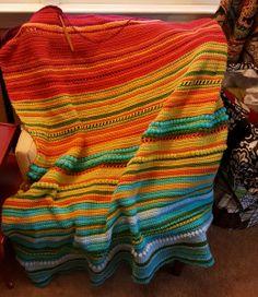 Posts about crocheted temperature blanket written by kellywalkerstudios Crochet Granny, Free Crochet, Knit Crochet, Diy Craft Projects, Crochet Projects, Diy And Crafts, Temperature Afghan, Crochet Classes, Afghan Blanket