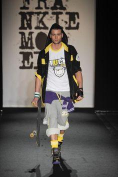 Sfilata Frankie Morello Athelic Jackets, Fashion, Down Jackets, Moda, Fashion Styles, Fashion Illustrations, Jacket
