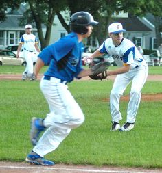 JEFFERSON — Thomas Schlesner struggled at times with both the extreme heat and his control Thursday night. But in the end, Schlesner was able to both cool down and find his groove en route to a complete-game victory.