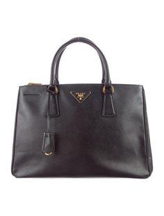 Black Saffiano Leather #Prada Lux Double Zip Tote