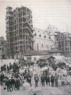 Novogotická přestavba dómu Sv. Václava, rok 1887 Czech Republic, Prague, Louvre, Building, Travel, Outdoor, Ale, Retro, Voyage