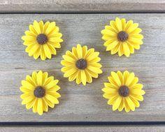 Yellow Daisy Hair Bow Center Daisy cabochon DIY Hair Bow
