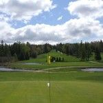 Book a golf retreat in the Laurentians.