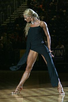 Muscular thighs, Simple black dress with asymmetric cut skirt worn by Yulia Latin Ballroom Dresses, Ballroom Dancing, Shall We ダンス, Dancer Legs, Salsa Dancing, Dance Poses, Dance Pictures, Dance Photography, Just Dance