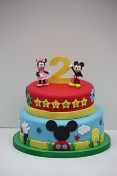 Mickey Mouse Clubhouse - Fondant decorations, hand molded gumpaste figures.  @Maile Rogers @Tara Ormond