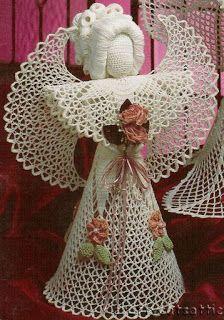 Sweet Crochet by Silvana Vargas (Crochet y Bebê) : Anjos em crochet! Crochet Ornaments, Christmas Crochet Patterns, Holiday Crochet, Crochet Snowflakes, Thread Crochet, Knit Or Crochet, Crochet Doilies, Crochet Stitches, Crochet Baby
