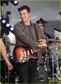 Shawn Mendes on Today Show 2016