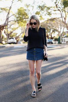 OOTD: Brooke Testoni in denim seventies skirt - Fashionscene.nl