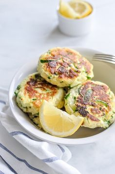 Looking for Fast & Easy Lunch Recipes, Side Dish Recipes, Vegetarian Recipes! Recipechart has over free recipes for you to browse. Find more recipes like Zucchini Ricotta Fritters. Veggie Dishes, Vegetable Recipes, Vegetarian Recipes, Cooking Recipes, Healthy Recipes, Side Dishes, Lunch Recipes, Free Recipes, Ricotta Fritters