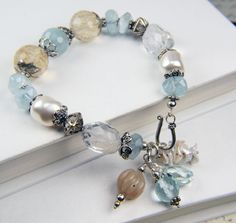 Love the color combination on this bracelet.
