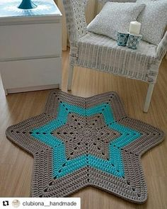 Diy Crafts - -The requested URL /thats-amazing-🌺-amazing/ was not found on this server. Diy Crafts Knitting, Diy Crafts Crochet, Crochet Home, Knitting Yarn, Crochet Projects, Crochet Ripple Blanket, Crochet Cushions, Crochet Pillow, Diy Crochet Patterns